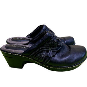Eurosoft By Sofft Britta Leather Clogs 9.5